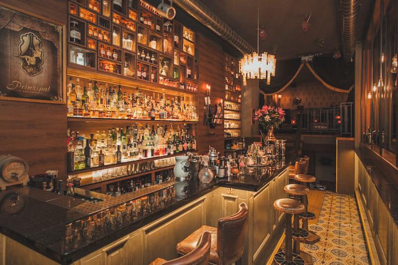 bar-prinzipalkreuzberg-galerie-01-3zu2